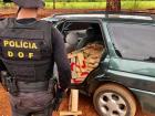Os policiais constataram grande quantidade de volumes prensados de maconha dentro do veículo