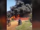Um incêndio atingiu no inicio da tarde de hoje (23)uma loja de material de construção