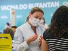 Governo de São Paulo começou a vacinar profissionais de saúde contra a covid-19
