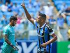 O atacante Diego Souza