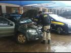 O carro e motorista foram encaminhados à Polícia Civil de Camapuã/MS