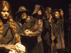 No elenco, Alexia Dechamps, João Vitti, Karen Junqueira e outros. 90 min