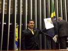 O primeiro (PL 483/2018) altera a Lei Complementar nº. 101 (4 de maio de 2000) e propõe mais transparência à gestão da administração tributária, fortalecendo a cooperação entre Fisco e contribuinte