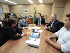 Pelo termo de adesão, a prefeitura se comprometeu a oferecer a estrutura de equipamentos públicos, cenários de atenção à rede e programas de saúde necessários para a autorização da criação dos cursos