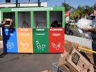 Além disso, outro grande benefício desse sistema de coleta é mostrar aos populares que moram próximos às lojas que eles a partir de agora têm um local para destinarem seus resíduos recicláveis