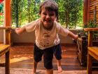 Tal pai, tal filho é o ditado popular mais verdadeiro; os pequenos tendem a imitar os pais e o comportamento se repete na fase adulta