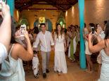 Os noivos ao fim da cerimônia