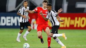 Atlético-MG e Internacional empatam no Mineirão