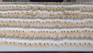 Foram apreendidas 203 notas falsas de cinquenta reais