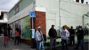 Pedidos de auxílio-desemprego nos EUA sobem