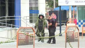 Bandidos explodiram e roubaram uma agência da Caixa Econômica Federal em Belford Roxo
