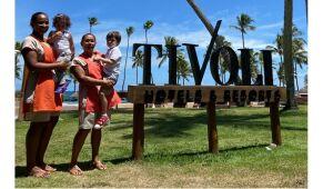 Serviço de babás de resort baiano atrai famílias com filhos pequenos