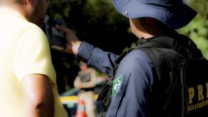 Durante o Carnaval Policiais e equipes da Concessionária trabalharam na fiscalização e na Educação para o Trânsito