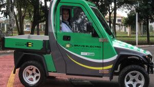 Governador testou o modelo que pode atingir até 100 km/h