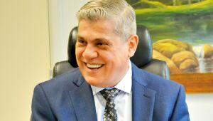 Waldir Neves Barbosa é um empresário, produtor rural e bacharel em história e em direito. Atualmente é conselheiro vitalício do Tribunal de Contas do Estado de Mato Grosso do Sul.