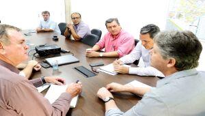 Além da Semagro e Iagro, também participaram da reunião realizada nesta semana, representantes do Sicadems , da Famasul , Mapa e Fiems.