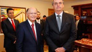 Presidente Jair Bolsonaro ao lado de Edir Macedo