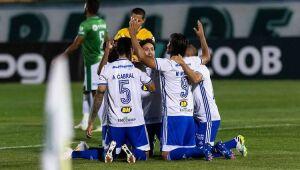 O Cruzeiro mostrou poder de reação ao vencer o Guarani por 3 a 2, nesta terça-feira, no Brinco de Ouro da Princesa, em Campinas, pela segunda rodada da Série B.