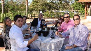 E/D Enrico Feitosa, Renan Contar, Luis Carlos Feitosa, Kinha Feitosa, José Marques, Ariana Marques e Rafaela Cunha Feitosa