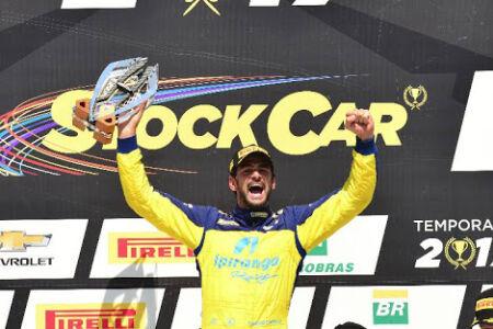 Thiago Camilo venceu a primeira corrida deste domingo em Londrina