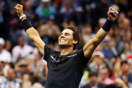 Sem qualquer dificuldade, em um jogo sem muitas emoções, o espanhol Rafael Nadal confirmou o seu amplo favoritismo neste domingo