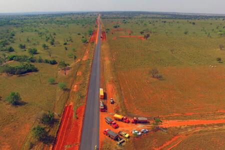 O asfalto da região foi construído há 15 anos. Em todo esse tempo, essa é a 1ª vez que é recuperado com recursos avaliados em R$ 43,5 milhões