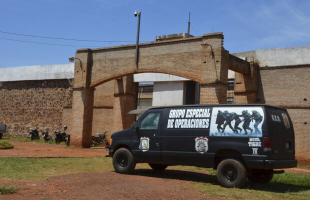 Dois dos 74 fugitivos de Pedro Juan são recapturados a caminho de Dourados