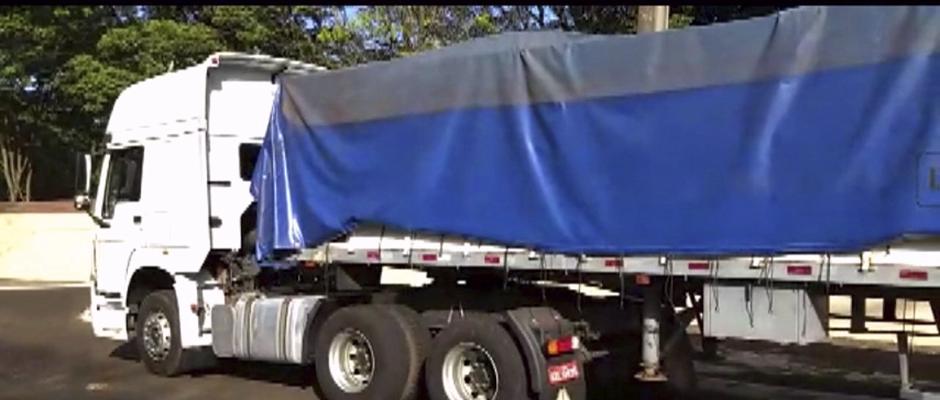 PM apreende carreta com quase quatro toneladas de maconha que seria levada para SP