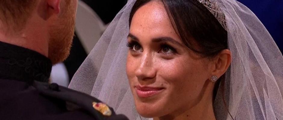 Como princesa Diana, Meghan Markle omite 'obediência' de votos de casamento