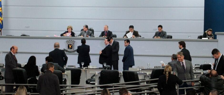 Vereadores votam sete projetos na sessão ordinária desta quinta-feira