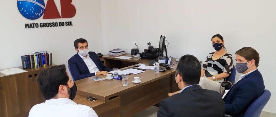 OAB/MS se reúne com Detran para tratar de desburocratização de serviços da advocacia
