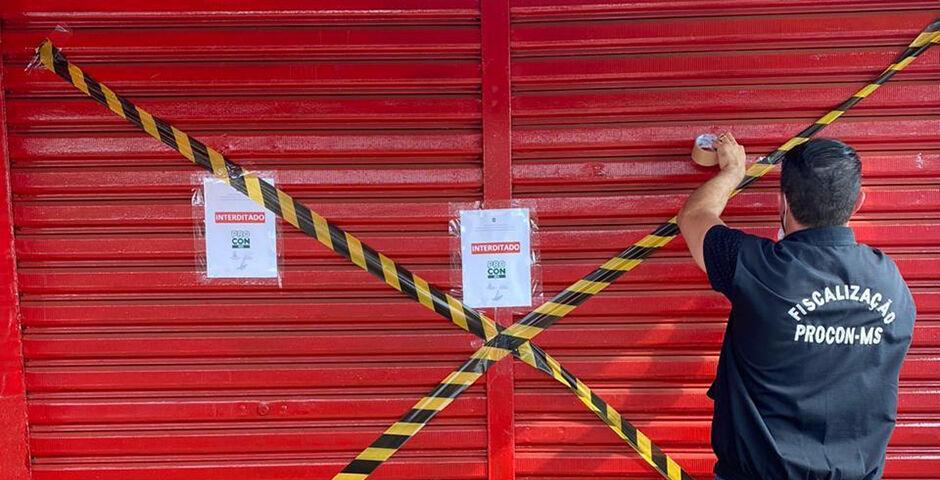 Auto escola de Campo Grande é interditada após apresentar irregularidades em seu funcionamento
