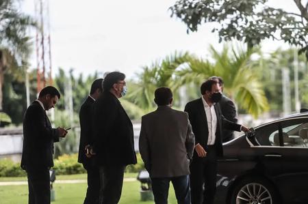 Grupo de deputado se reúne com o presidente Jair Bolsonaro nesta quarta-feira no Palácio do Planalto
