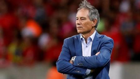 Ariel Holan é o novo técnico do Santos