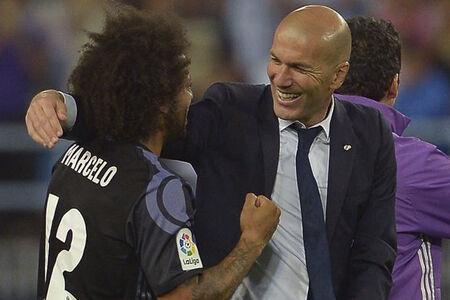 O lateral ainda aproveitou a entrevista coletiva desta terça para dizer que os jogadores estão com Zidane