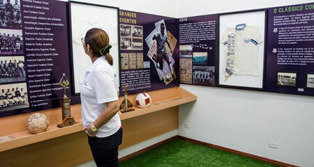 Inaugurado em agosto de 2018, o Memorial Belmar Fidalgo ganha novas histórias e amplia o acervo, que conta com livros, troféus, medalhas, camisetas, bolas, fotos e jornais e agora com as histórias de Prestes e Tachinha.
