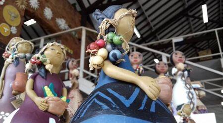 Os artesãos e entidades selecionados terão à disposição um espaço coletivo de 70m² para divulgação e comercialização de produtos artesanais de Mato Grosso do Sul