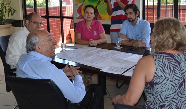 O reitor da UFMS agradeceu a visita do senador e disse que o apoio dele é importante para implementar o CFP