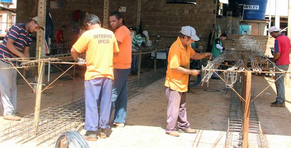 Atualmente em Mato Grosso do Sul, 38% dos presos trabalham, entre reeducandos dos regimes fechado, semiaberto e aberto; índice que supera a média nacional que gira em torno de 25%