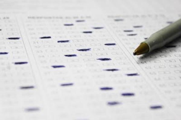 A norma reserva de 20% das vagas oferecidas nos concursos públicos federais para negros