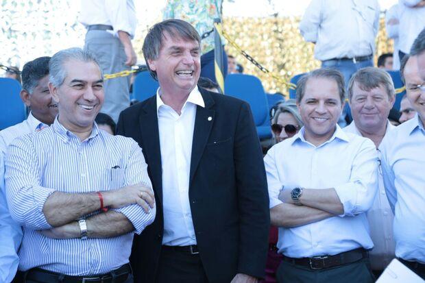 Governador Reinaldo Azambuja, Bolsonaro e Coronel David recebem carinho da população e apoio às eleições de 2018