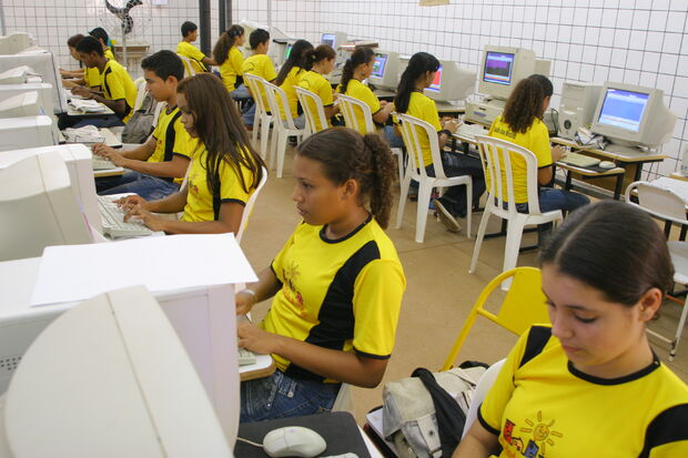 Programa é voltado para jovens entre 14 e 18 anos