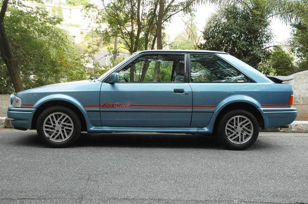 No modelo 1987, o XR3 foi reestilizado com linhas mais suaves e para-choques de plástico envolventes que melhoraram a aerodinâmica, novas rodas de alumínio, aerofólio, painel com iluminação indireta e volante com revestimento imitando couro perfurado