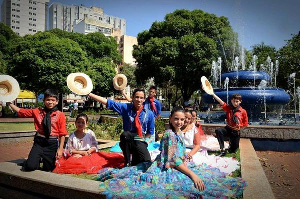 Durante três dias serão realizadas diversas apresentações artísticas com shows musicais, vocais, instrumentais e danças, com músicos do nosso Estado, Argentina e Paraguay
