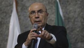 Brasília - O ministro da Fazenda, Henrique Meirelles, abre o 3 Seminário do Conselho Administrativo de Recursos Fiscais de Direito Tributário e Aduaneiro (José Cruz/Agência Brasil)