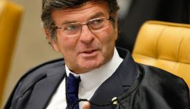 Brasília - Ministro Luiz Fux durante sessão do Supremo Tribunal Federal (STF) para decidir se parlamentares podem ser afastados do mandato (Rosinei Coutinho/SCO/STF)