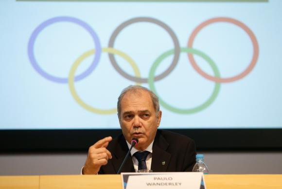 Rio de Janeiro - O presidente do Comitê Olímpico do Brasil (COB), Paulo Wanderley, fala à imprensa após reunião extraordinária com as confederações brasileiras olímpicas (Tomaz Silva/Agên