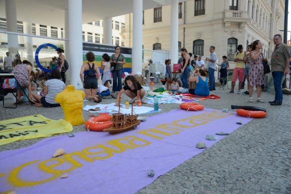 Rio de Janeiro - Ato Arte Pela Liberdade, #CencuraNuncaMais pede liberdade cultural e democracia em evento direcionado para as crianças na Praça Mauá, zona portuária da capital fluminense (Tomaz Silva/Agência Brasil)
