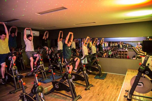 O Sesc em todas as unidades do estado, possui estrutura ampla e treinos personalizados, fazendo o corpo se movimentar e fazendo bem pra sua alma.