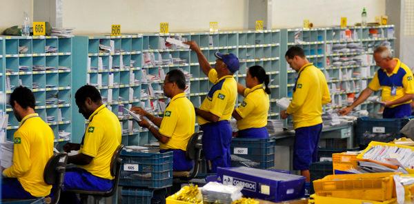 O mutirão, realizado nas localidades onde houve paralisação de empregados, contou com a participação de 22 mil trabalhadores